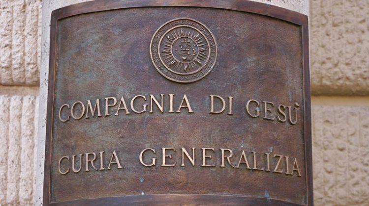 Chi aiuta il generale nel governo?