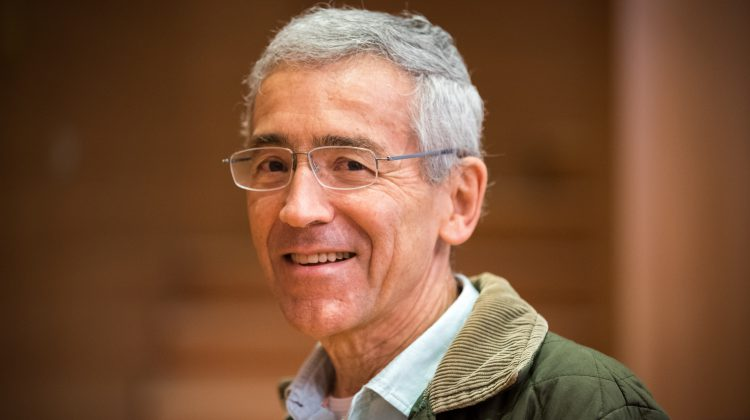 """""""L'impegno per la riconciliazione: accompagnare le vittime verso una grande comunità umana""""- Intervista a Pacho de Roux, SJ"""